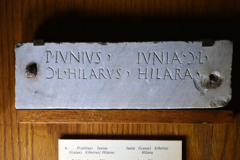Plain plaque, gray marble.
